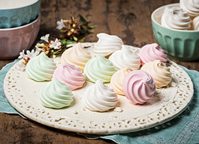 Coloured Meringue Twirls